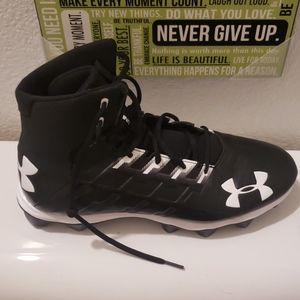 Under armour football shoes